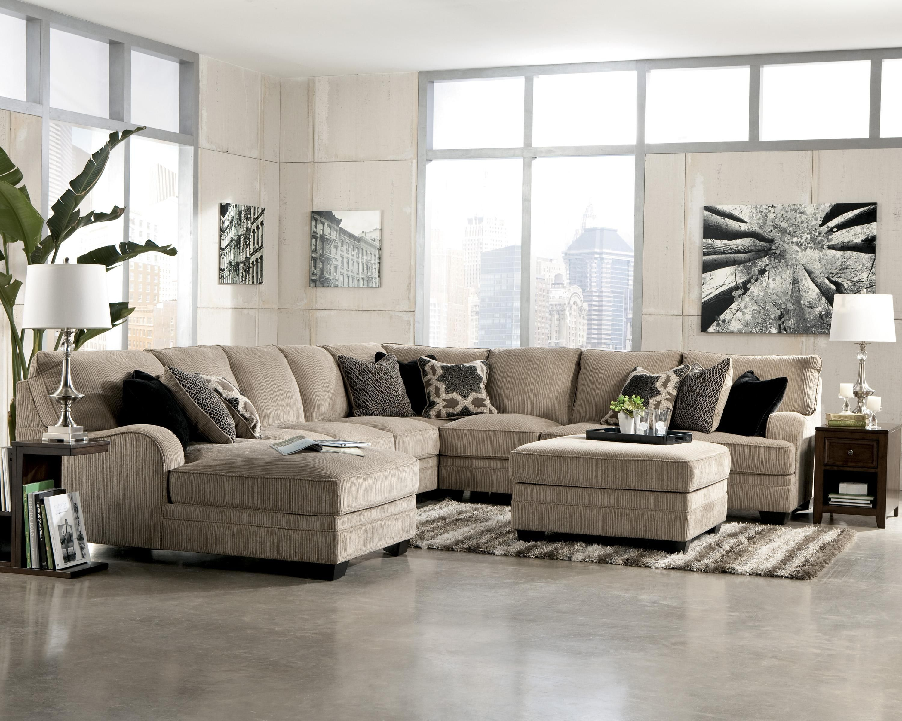 Katisha Platinum 5Piece Sectional Sofa with Left Chaise by