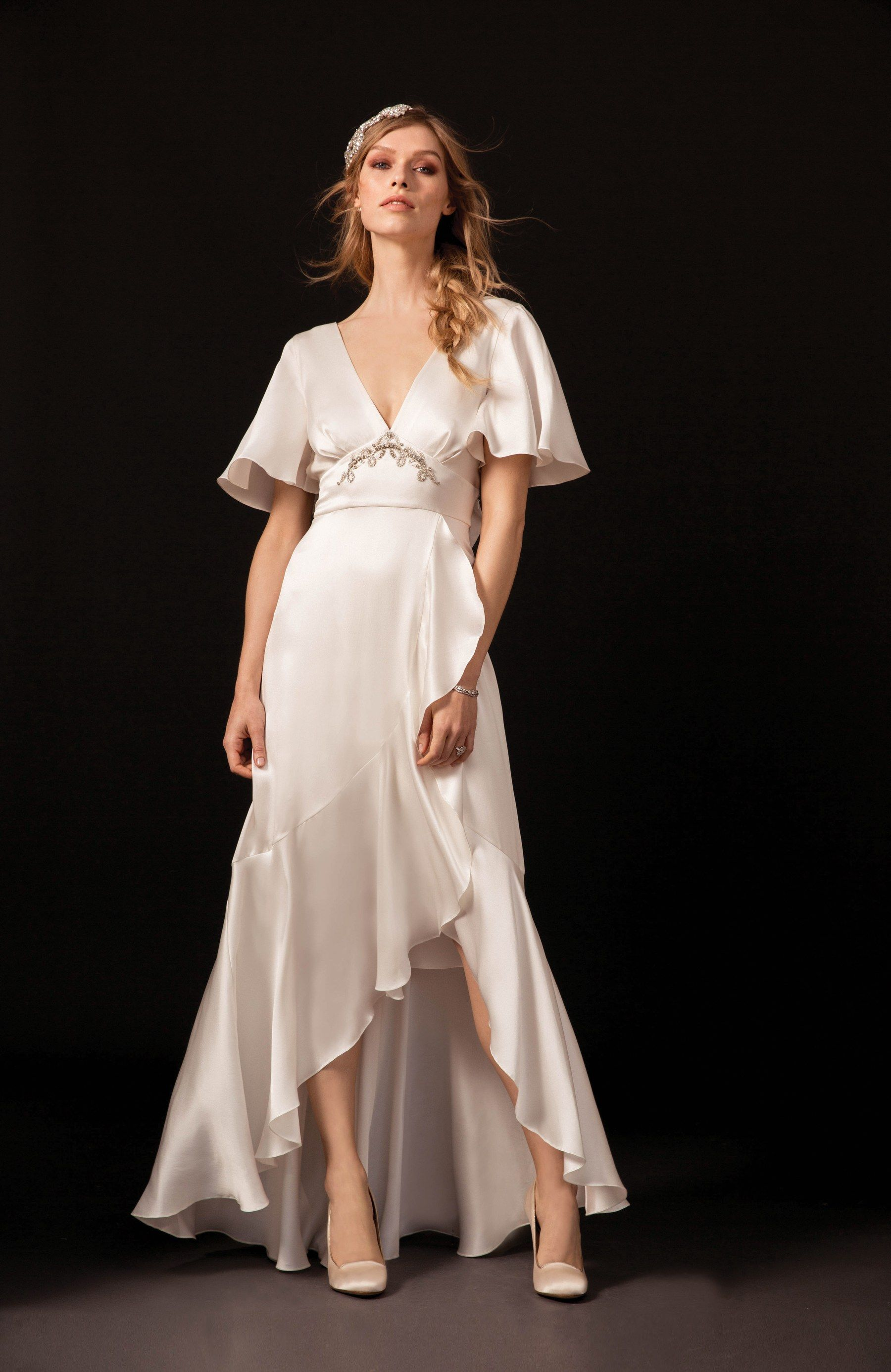 wedding dresses for petite figures pinterest temperley