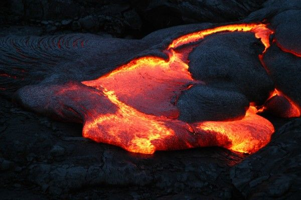 Jaw-Dropping-Photos-of-Lava-15