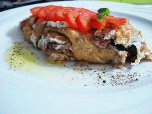 Egg White Omelette with Tuna & Spinach Recipe - CookEatShare