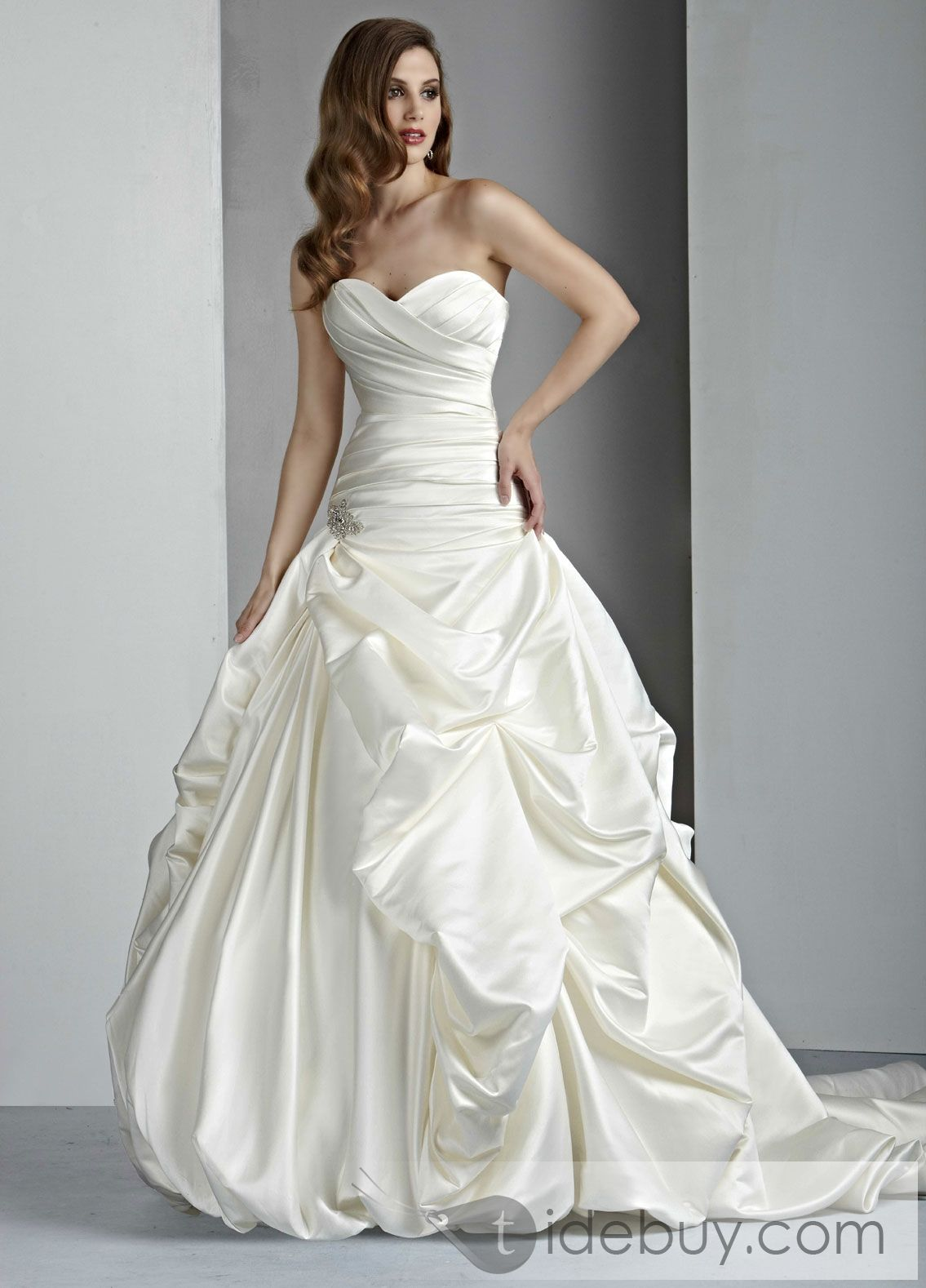7fdd7ce7c93 Awesome A-line Sweetheart Floor-Length Chapel Ruched Wedding Dresses ...