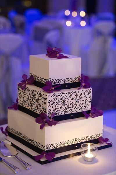 White cake black swirls purple flowers purple cake ideas white cake black swirls purple flowers mightylinksfo