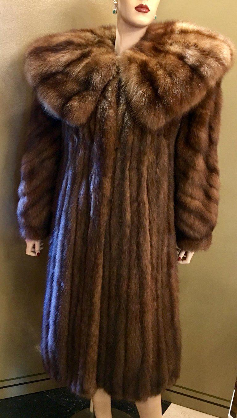 Fendi Coat (Women's Pre owned Sable Gold Sobol Pelzmantel