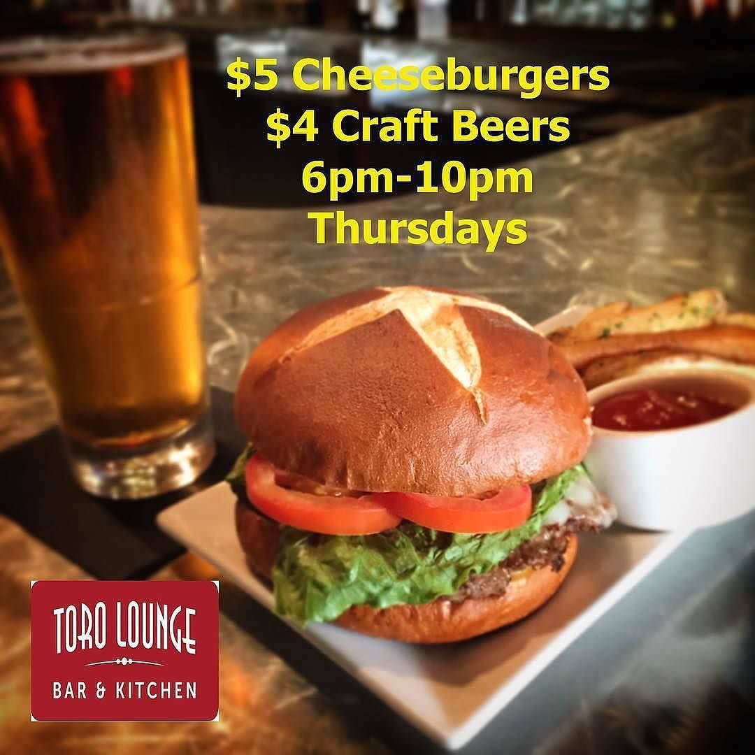 Toro Lounge On Instagram Bremerton This Is The 5 Cheeseburger You Are Craving For Pair It With A Tasty 4 Craft Bee Burger Night Burger Dinner Is Served