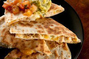 Best Chicken Quesadilla Recipe Food Recipes Food Chicken