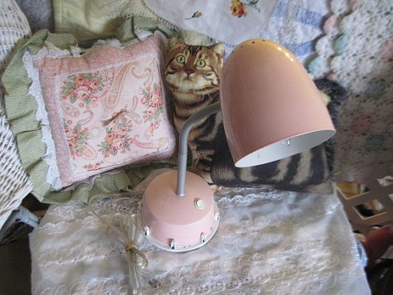 Pretty Pink Goose Neck Deck or Night Stand / portable luminaire lamp  :)*