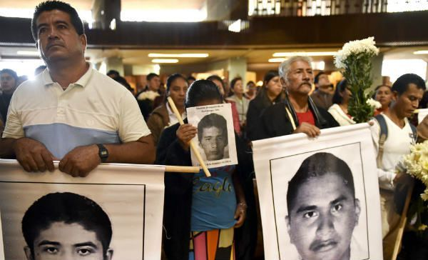 Padres de #normalistas desaparecidos piden ayuda; CETEG reactivará protestas   http://t.co/vTHsobn9xU http://t.co/zlJeczvijl- http://www.pixable.com/share/632Gs/?tracksrc=SHPNAND3&utm_medium=viral&utm_source=pinterest