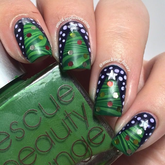 Water marbled Christmas tree nail art with tutorial | Health and ...