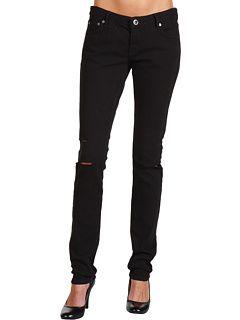 despite the celebrity trend...always choose PANTS! @hurley @6pm