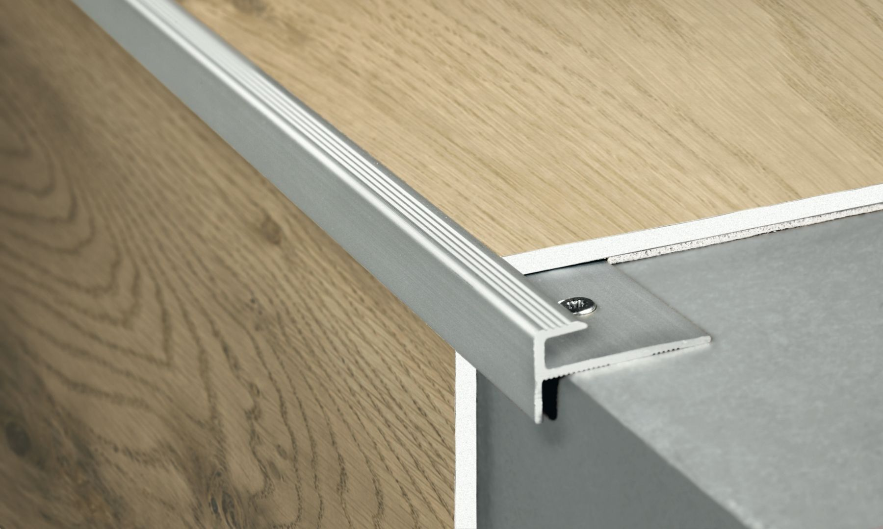 image result for nez de marche plancher flottant. Black Bedroom Furniture Sets. Home Design Ideas