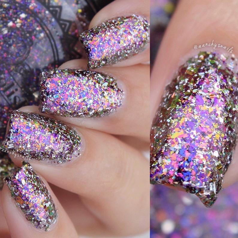 Silver Holographic  RANDOM CUT Glitter ideal for creating glitter nail art