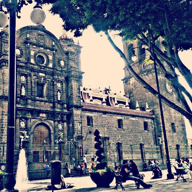 eligarciamarCiudad de los Ángeles #Puebla #catedral #GoodAfternoon #BuonaSera #HappyThursday #FelizJueves