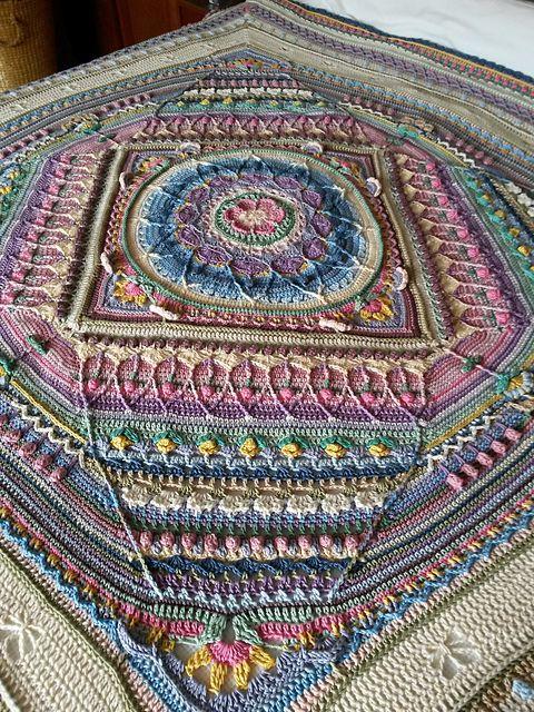 Sophies Universe Cal Pattern By Dedri Uys Crochet Mandalas