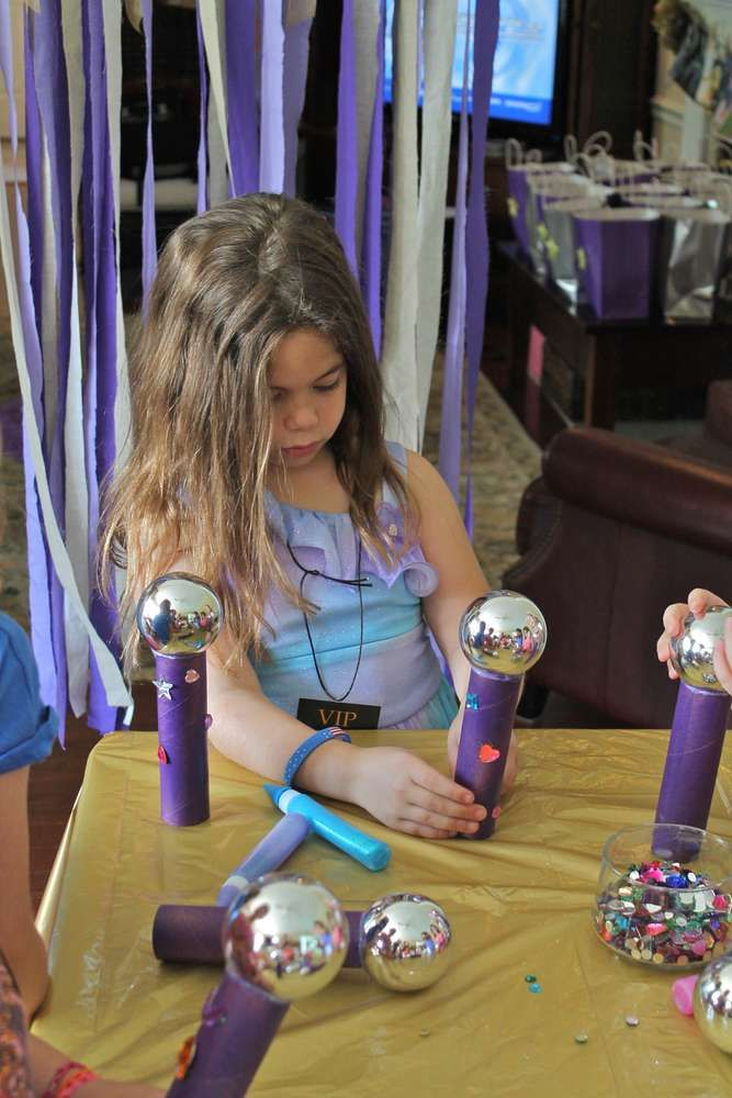 Olivia's Purple Pop Star Party | CatchMyParty.com #rockstarparty