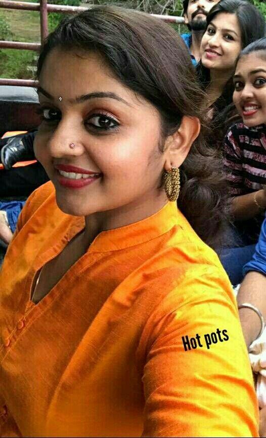 Pin on Actress selfi