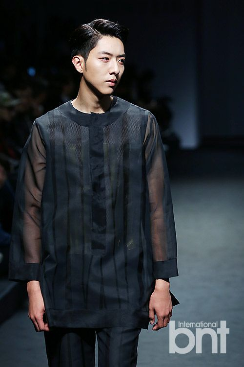 Jungshin models for  송지오 (SONGZIO) 2015 S/S Collection @ Seoul Fashion Week #sfw #seoulfashionweek #서울패션위크