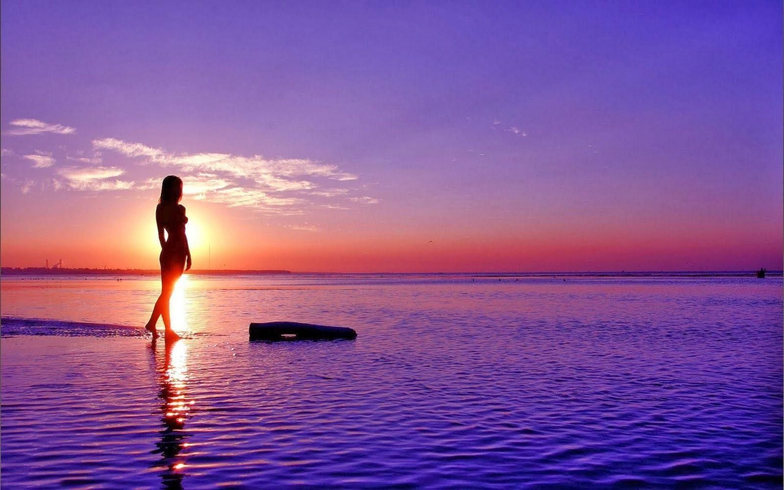 girl reading by ocean Nice Backgrounds Image Wallpaper