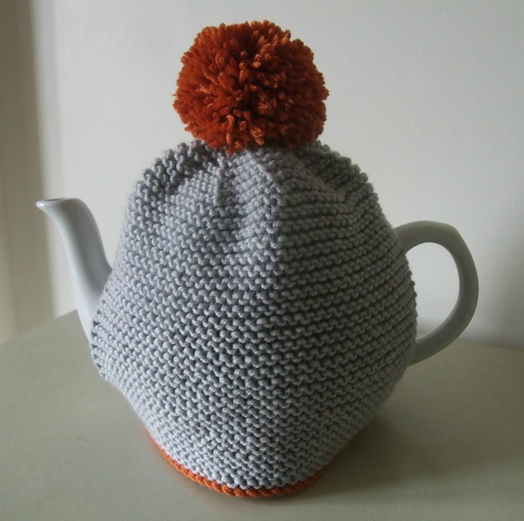 Pom Pom Tea Cosy