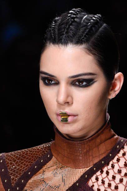 Kendall Jenner || Balmain RTW, Paris Fashion Week Womenswear F/W 2017/2018 (March 2, 2017)