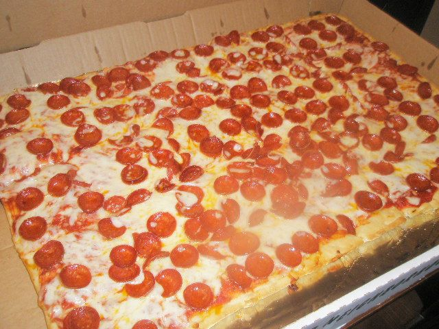 Party Pizza R I P Pizza Plus Of Erie Pa Will Be Closing Its Doors After 40 Years These 30 Slices Of Heaven Will Be Missed Sliced Eat Food