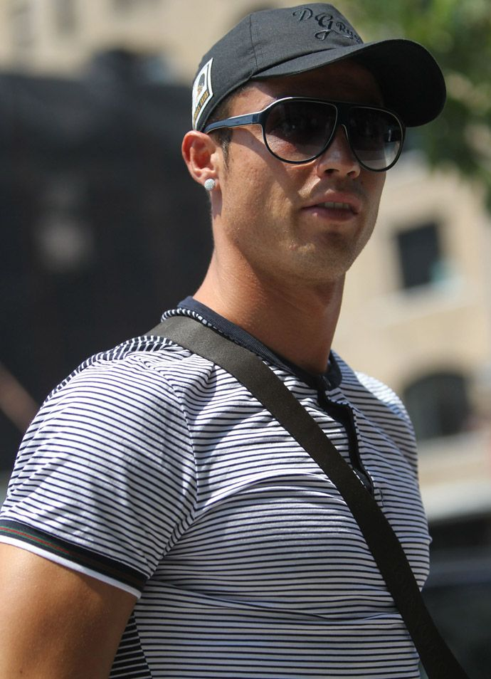 Christiano Ronaldo wearing Gucci GG1627/S Sunglasses