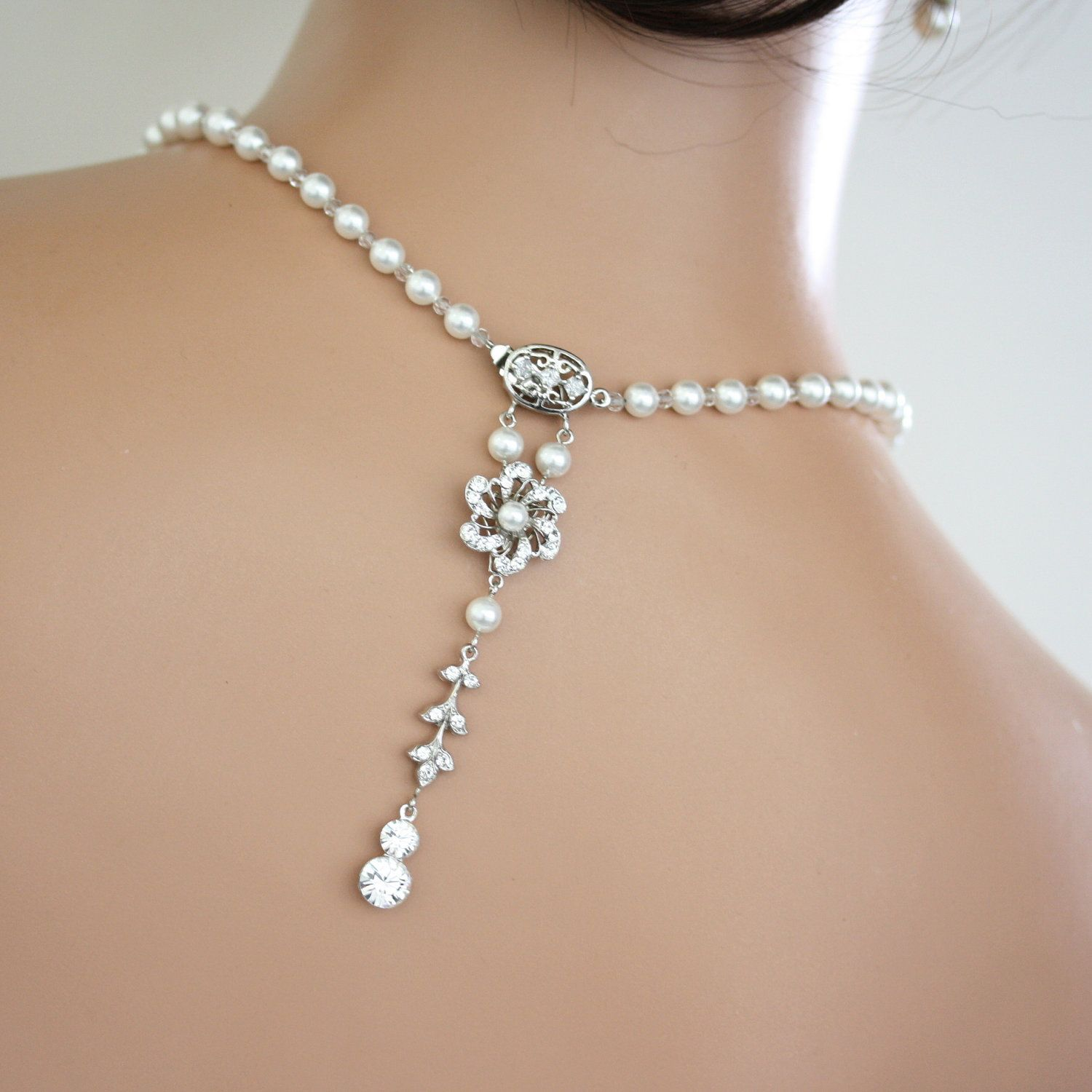 Bridal necklace back drop pearl necklace white pearl crystal art