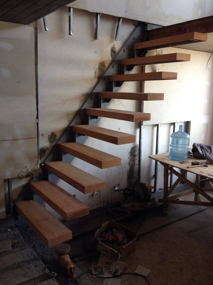 Pin de oscar zamora en architectural details house stairs modern stairs y stairs - Escaleras de madera modernas ...