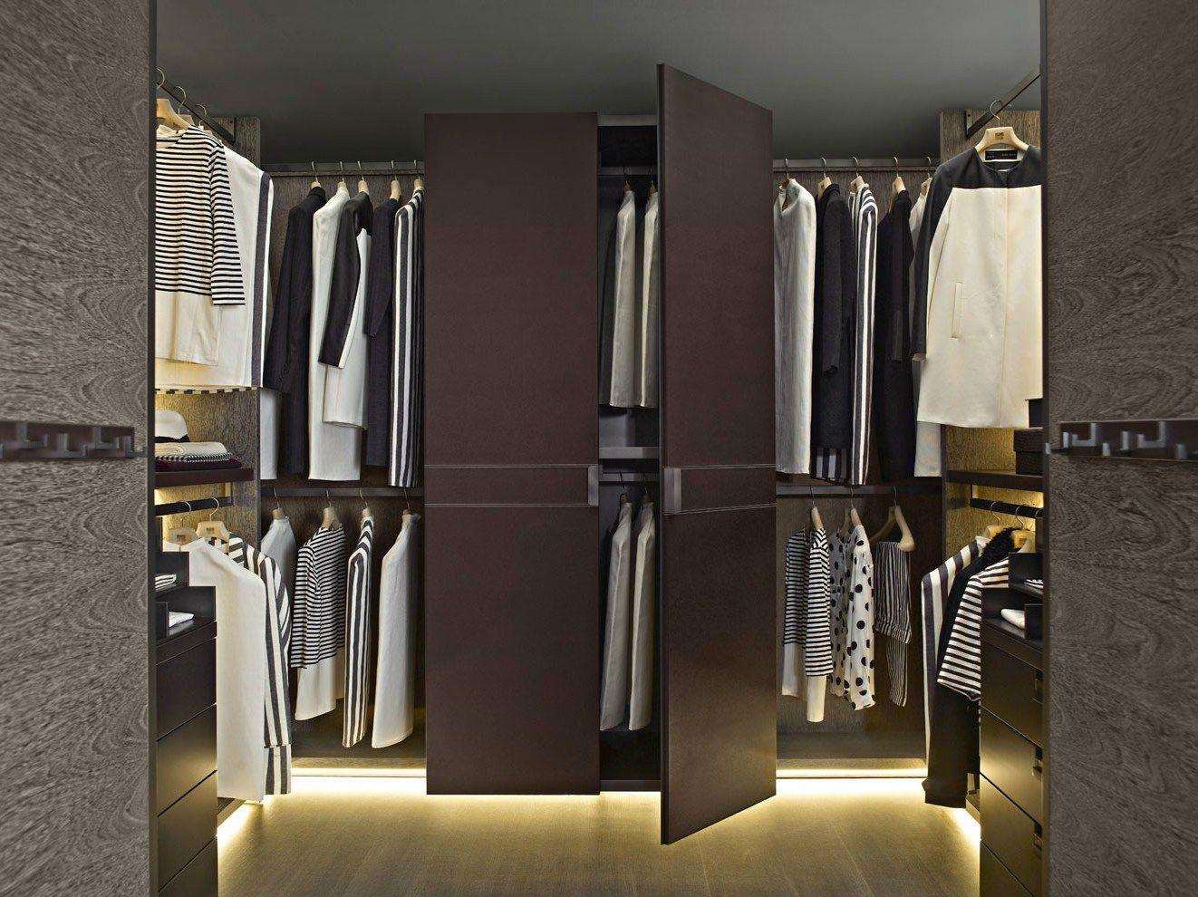 Walkin wardrobe BACKSTAGE Backstage Collection by B B&b