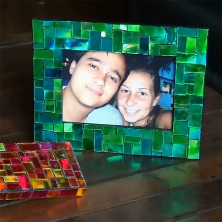 Recycle Cds Into Mosaic Picture Frames Or Cover Boxes Or Do A Mirror Frame,  Decorate A Small Table Top, Etc. Gallery