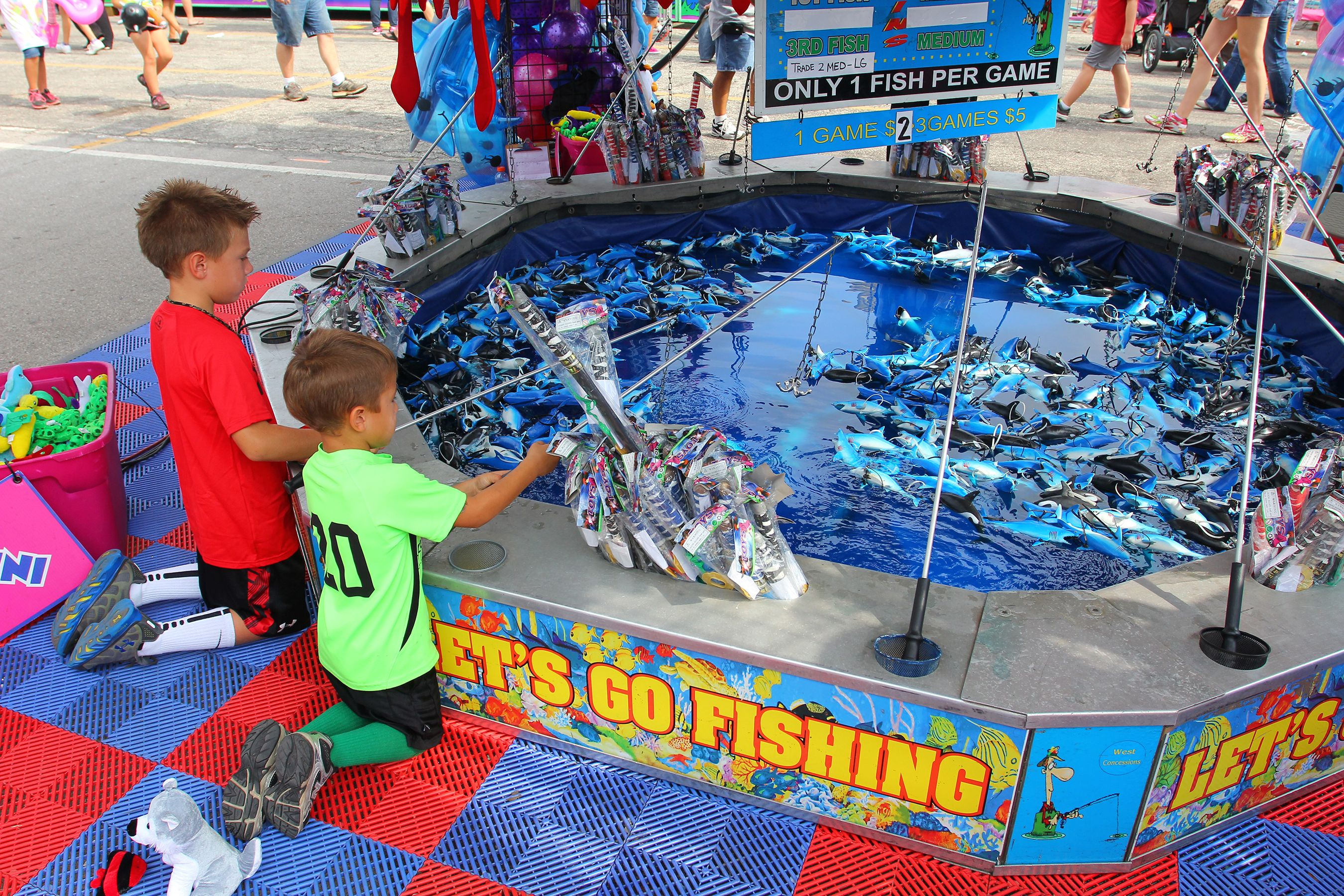 Lets go fishing fairs carnivals food fun pinterest for Fish catching games