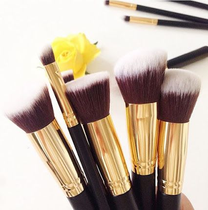 BH Cosmetics   Our 10 pc Sculpt and Blend Brush Set is one of our best selling products and a must-have for any makeup enthusiast. Apply liquids, creams and powders with ease to create a flawless finish {goo.gl/DWzhkW}. Photo cred: IG'er @angelina__wi