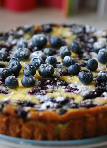 Low FODMAP & Gluten free Recipe - Baked blueberry cheesecake   http://www.ibssano.com/low_fodmap_recipe_baked_blueberry_cheesecake.html