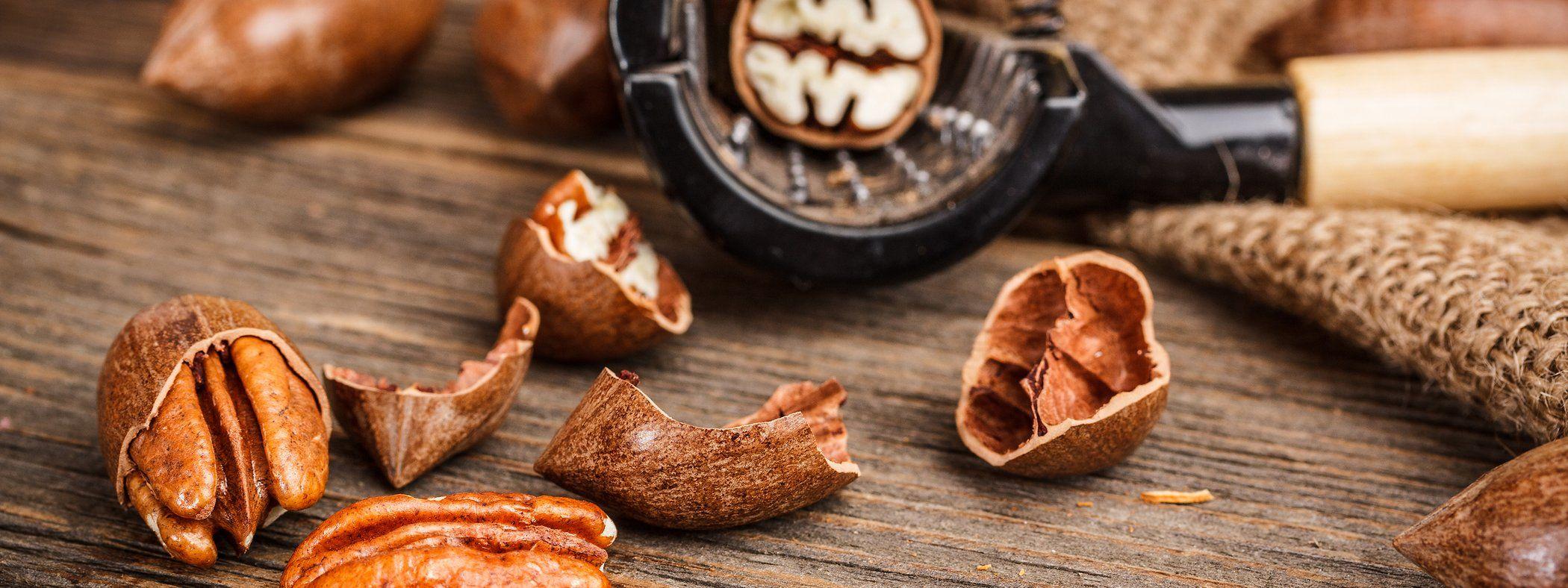Buy delicious orchard fresh pecans! Order Pecan Pie, Gift