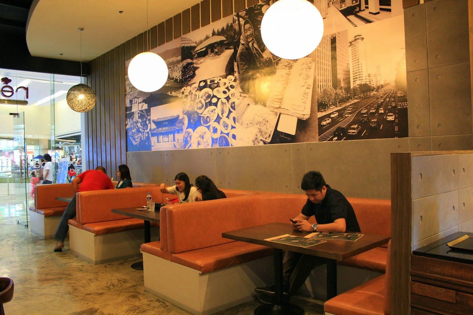 Decoration Fast Food Red Table Korean Fast Casual Restaurant Interior