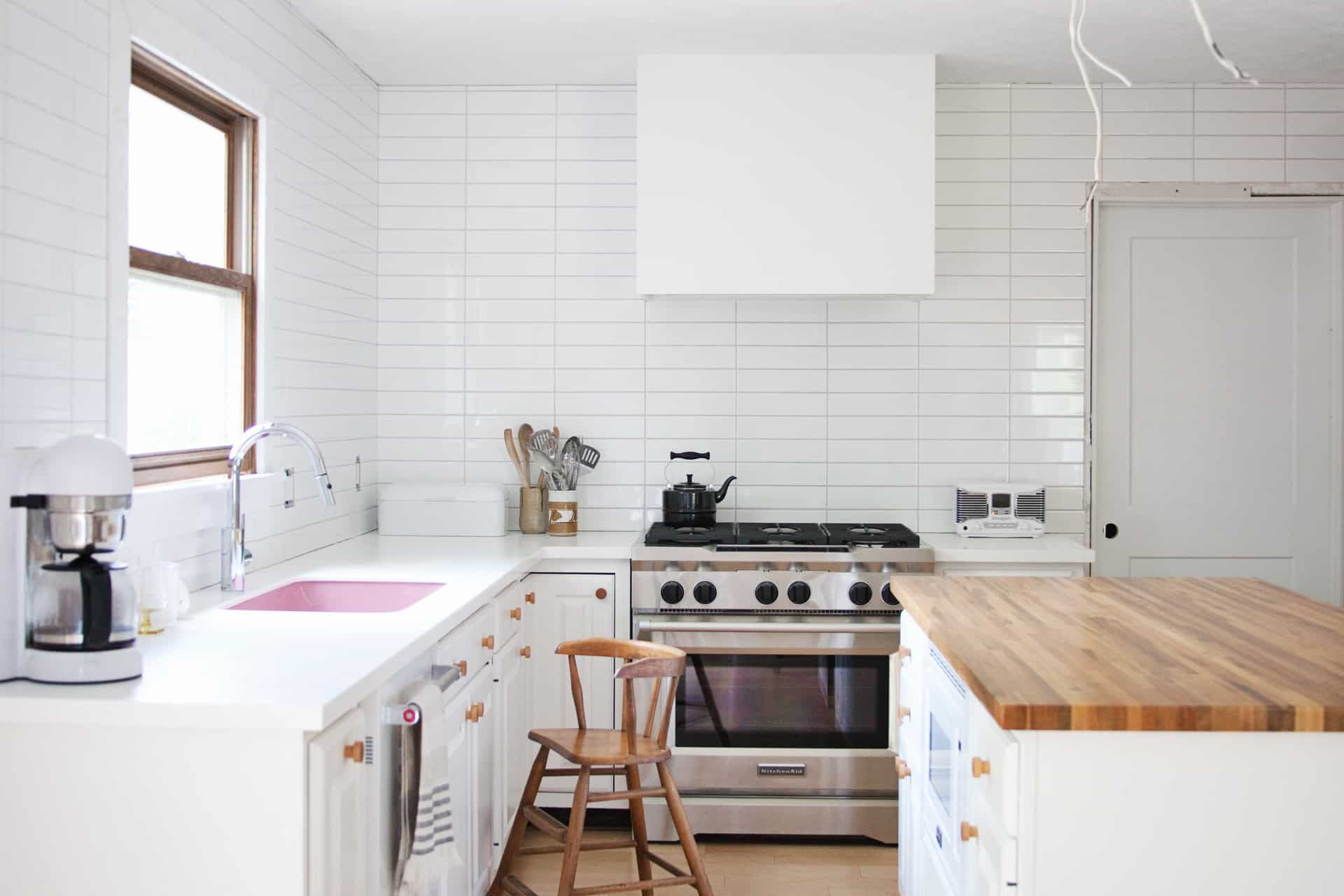 Painting Cabinets With Chalk Paint Pros Cons A Beautiful Mess Painting Kitchen Cabinets Chalk Paint Kitchen Cabinets Chalk Paint Kitchen