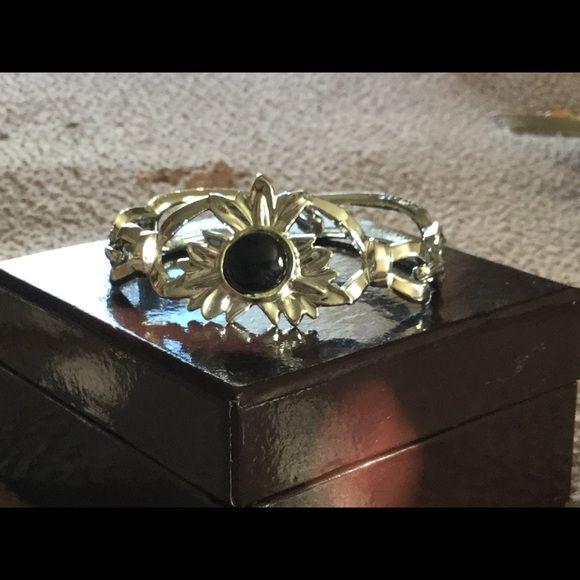 Silver bangle style bracelet Silver bracelet. Bangle style Jewelry Bracelets