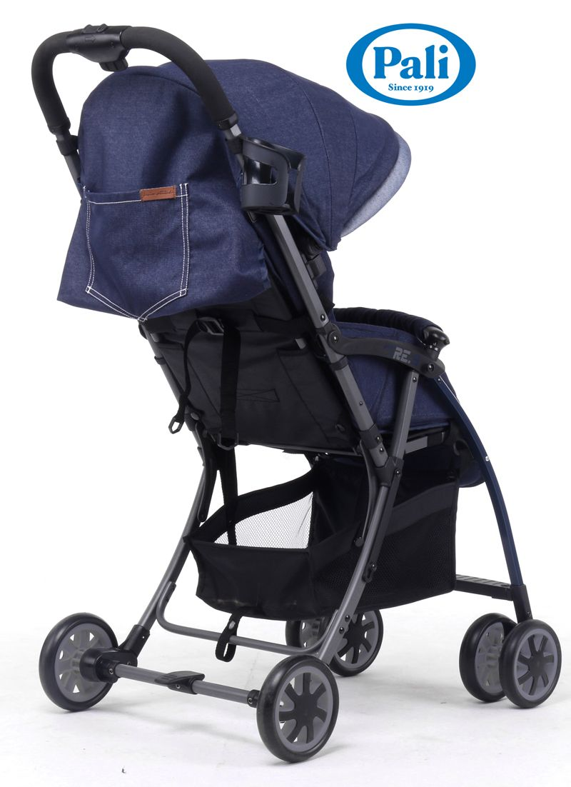 Pali\'s Tre.9 denim blue stroller in weighs less than 10 pounds ...