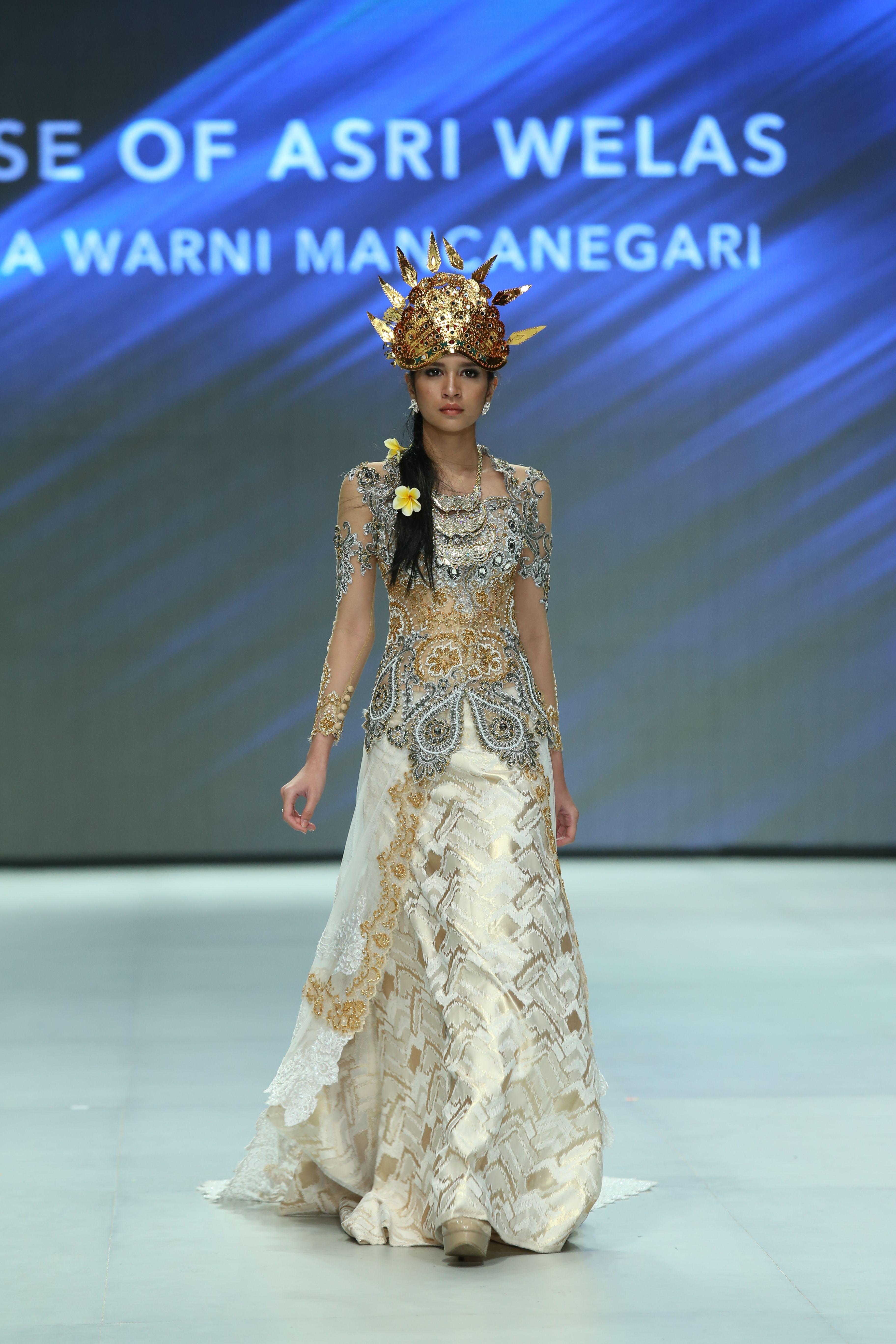ray ban indonesia kebaya