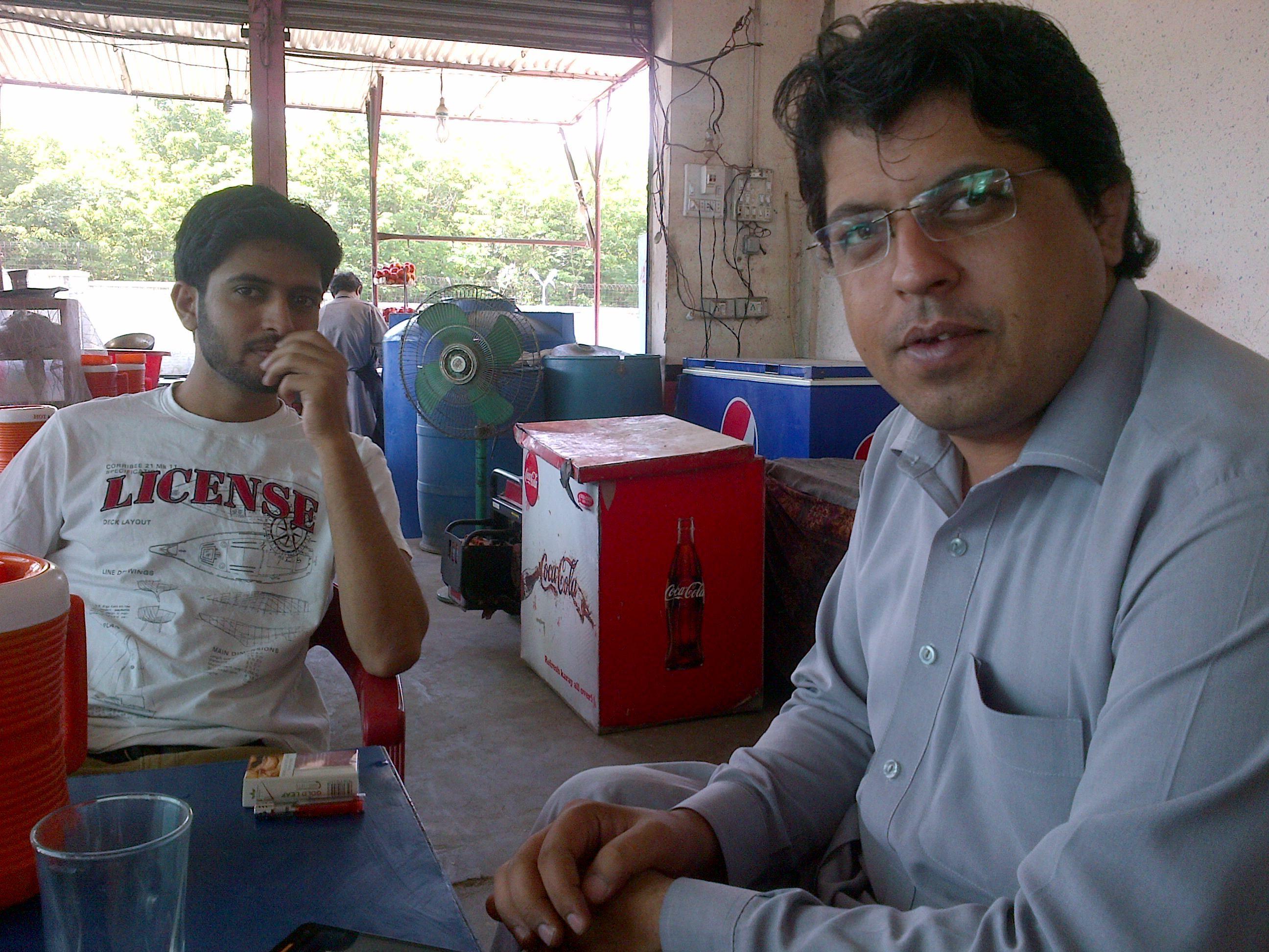 Breakfast: Khattakkum with Rashid Minhas in background