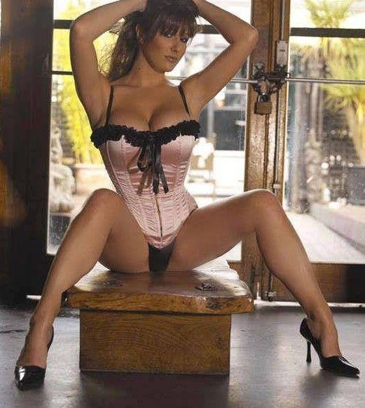 Com gaping photo sexy woman