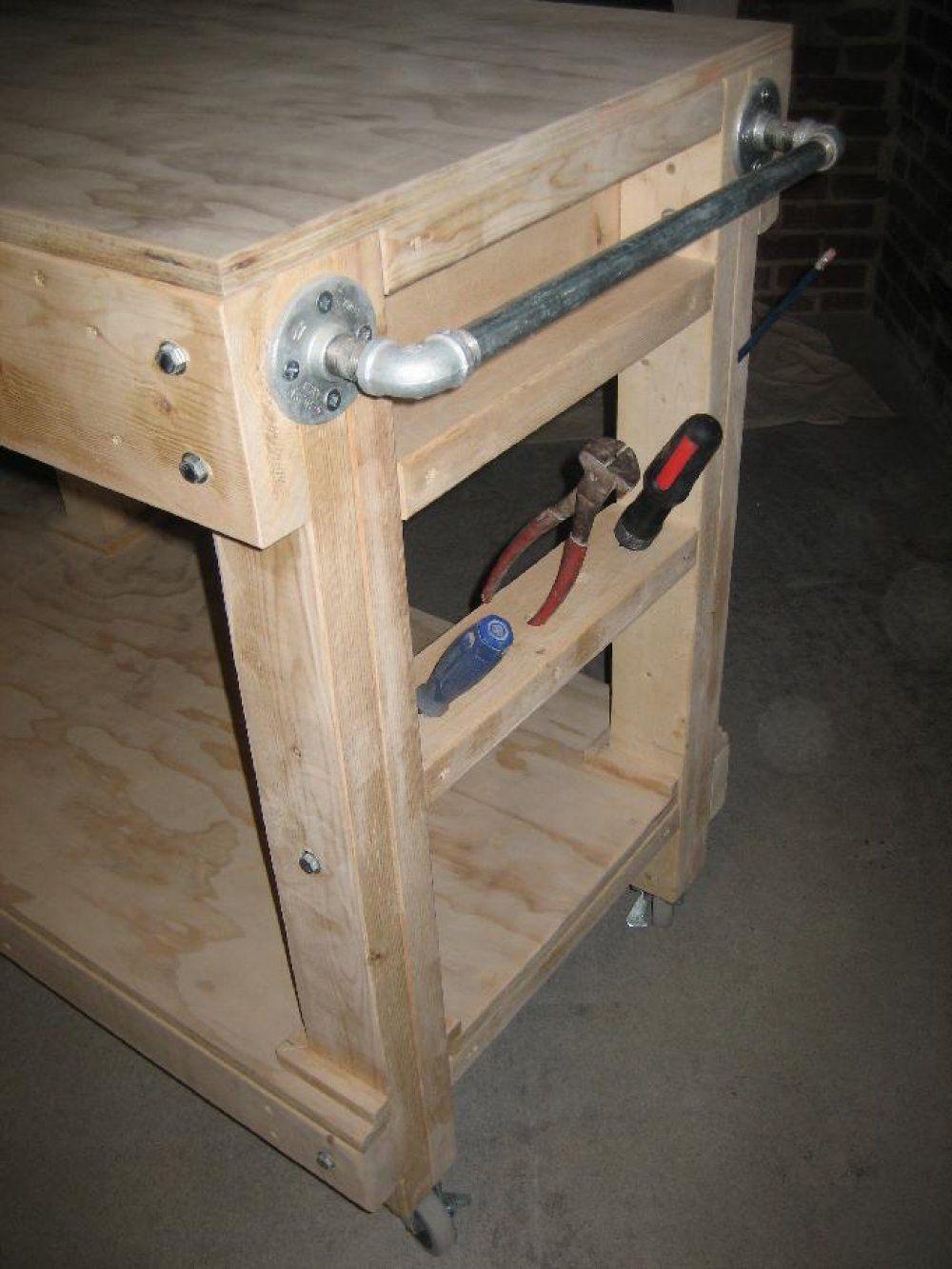 Heres A DIY Portable Garage Workbench On Wheels