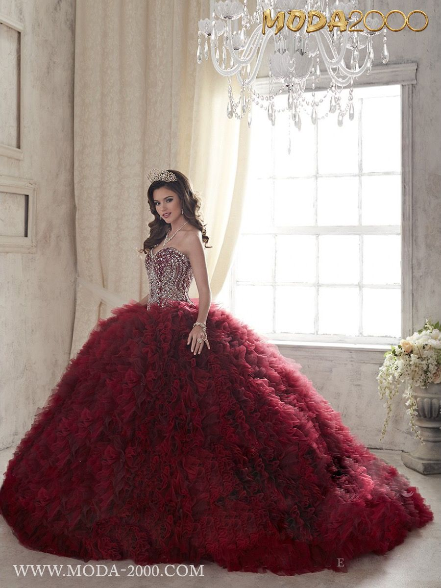 MODA 2000 ELEGANT RED / SILVER QUINCEANERA DRESS! Follow us on ...