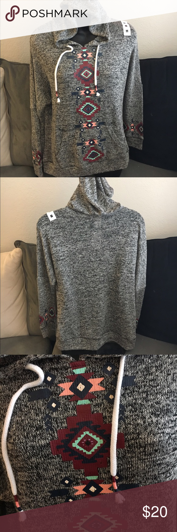 Zumiez aztec hoodie nwt size medium very comfy and cute sweaters