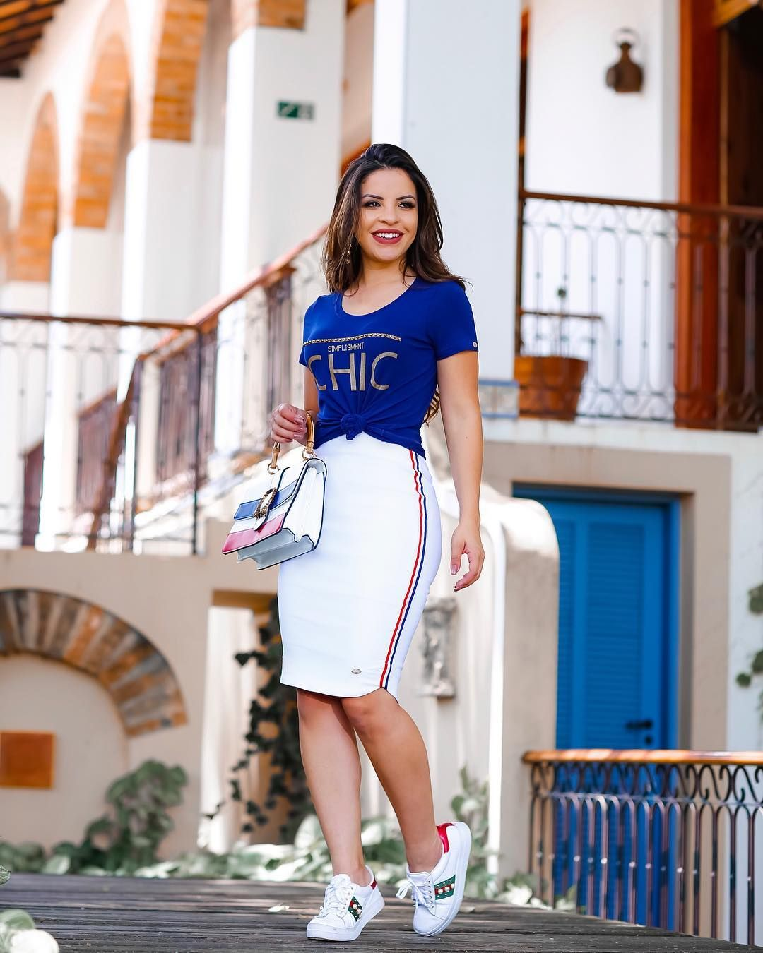87714a8cdd Pin de Yesi Carrillo em outfits