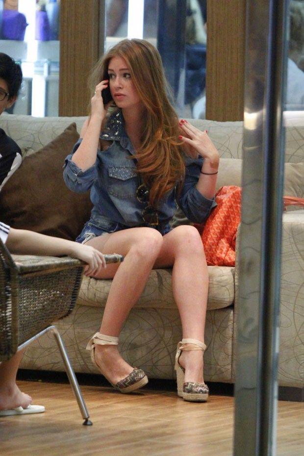 dd2d1cd74 Marina Ruy Barbosa desfila em shopping com shortinho estiloso ...