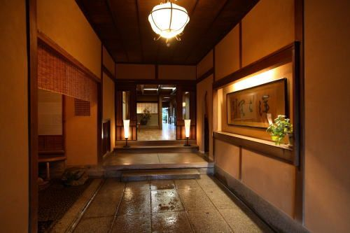 佐賀 旅館 洋々閣 玄関