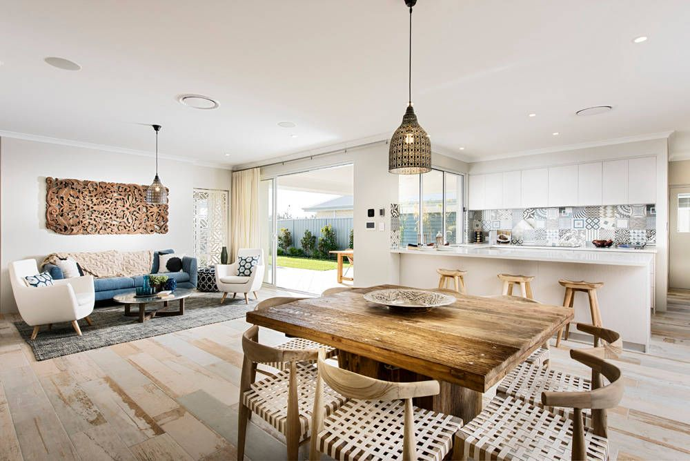 Hampton Beach Home by WA Country Builders | HomeAdore  거실과 주방 사이 디자인 굿!