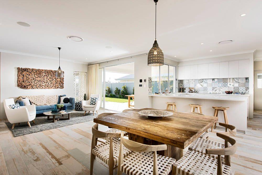 Hampton Beach Home by WA Country Builders | HomeAdore  거실과 주방 사이 디자인 굿!
