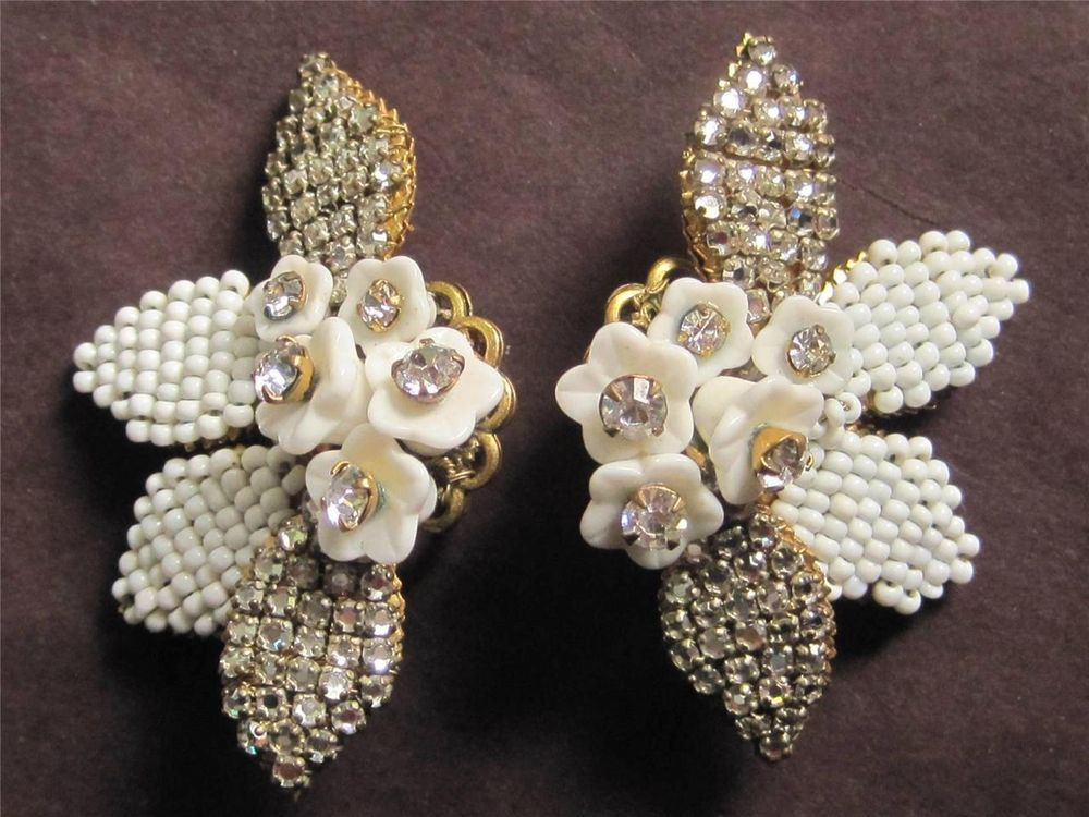 Estate Find...Stunning Vintage Crystal Rhinestone Flower Earrings Miriam Haskell