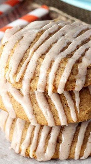 Pumpkin Cookies with Cinnamon Glaze | The Best Pumpkin Cookies Recipe #bakesaleideas